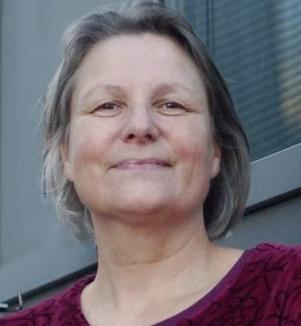 Samarpan P. Powels, Meditationslehrerin, Herausgeberin von FindYourNose